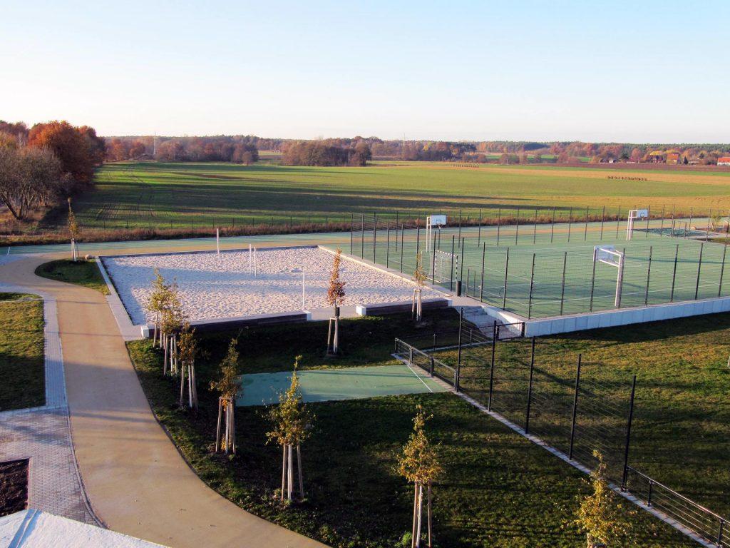 Käthe-Kollwitz-Gesamtschule Sportplatz und Beachvolleyballanlage